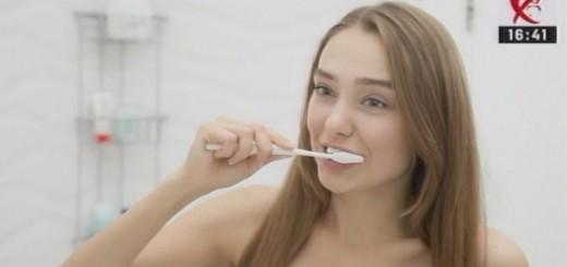 Diferente si Esente - Metode sanatoase de albire a dintilor