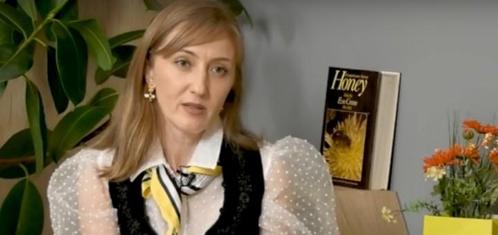 DSE - Calitatile mierii romanesti - Apidava - Realizator Cecilia Caragea